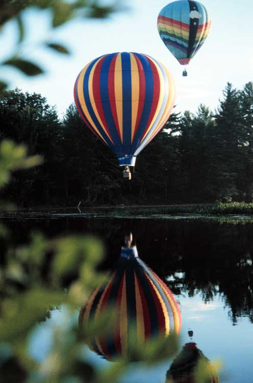 Pittsfield balloon Rally on the Suncook river